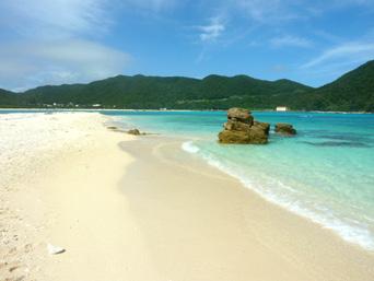 ハナレ島のビーチ