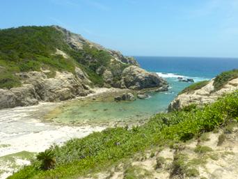 渡嘉敷島ハナレ島のハナレ島の島中央部