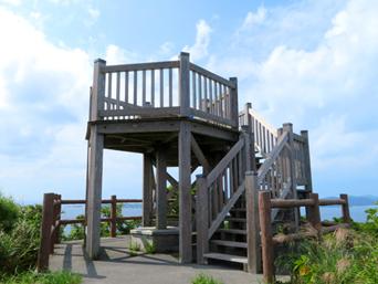 渡嘉敷島の照山展望台「トカシクビーチ〜阿波連ビーチの途中にあります」