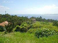 渡嘉敷島の照山展望台への道/森林公園 - 展望台に登る前にある森林公園