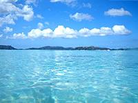 トカシクビーチの海の色