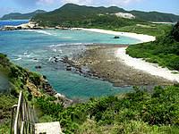 渡嘉敷島ウン島のウン島 - ウン島入口の階段から見る景色