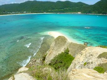 ハナレ島岩山の上からの景色