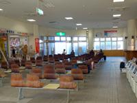 徳之島の亀徳新港 - 2階もあるけど基本は1階のみの利用