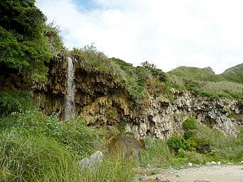 小原の滝/鍾乳石