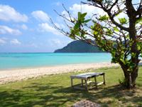 渡名喜島の東り浜/あがりはま - 渡名喜島らしいのんびりした雰囲気