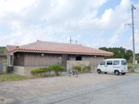 渡名喜島の東り浜/あがりはま - 綺麗で大きいトイレも完成!