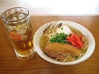 渡名喜島のふくぎ食堂 - 沖縄そばです