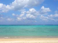 渡名喜島のアンゼーラ浜/アンジェーラ浜 - 慶良間に匹敵する海の色