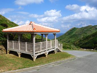大岳途中の休憩所