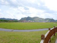 渡名喜島のてぃだ広場/ヘリポート - もともとはヘリポートのみだった場所