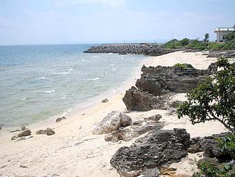 浄水場先のビーチ