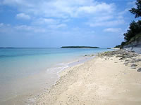 津堅島のタナカ浜