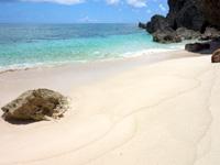 与那国島の六畳ビーチ/6畳浜 - 満潮時はビーチが消滅します