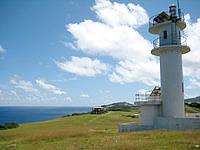 与那国島の東崎灯台 - やっぱり灯台の近くまで行きたいものです