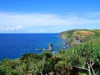 与那国島の立神岩展望台 - 立神岩はこんなに遠くちゃ意味が無い!?