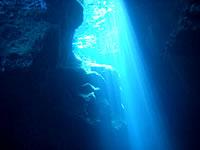 与那国島版 青の洞窟