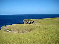 与那国島の馬鼻崎 - 緩やかな丘陵がいい感じです