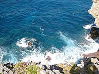 与那国島の馬鼻崎 - 眼下の海はかなりの迫力