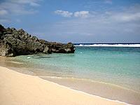 ウブドゥマイ浜のビーチ