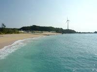 与論島の前浜 - 風車とのコラボ