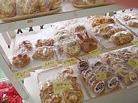 与論島のベーカリー ヒロヤ - Aコープなどでもここのパンは購入可能