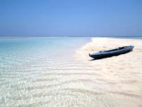与論島の百合ヶ浜へのカヌー