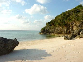 フバマビーチ/コーラルホテルの浜
