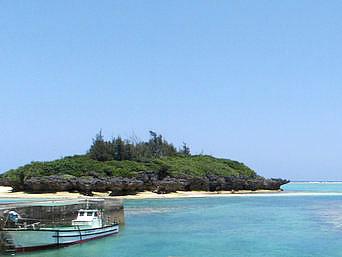 与論島のビーチボーイクラブ「皆田海岸からスタートします」