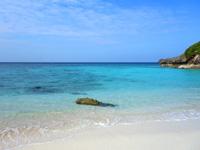 与論島のメーラビビーチ - 滅多に人が来ない穴場ビーチ
