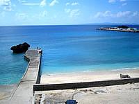 与論島の与論港の海 - メインの港なのに海がキレイです
