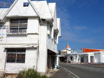 与論島の居酒屋やぐら(閉店?)「2階のカフェも移転して取り壊されそうな雰囲気」