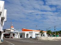 与論島の喫茶海岸通り - マルエーの営業所の隣です