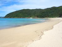 請阿室のビーチ