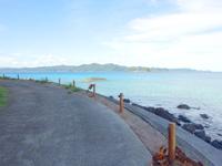 請島の池地先のビーチ - 正面に加計呂麻島が見えます