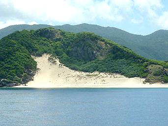 ハンミャ島の砂山「この砂山が特徴的」