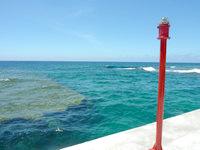 与路島の高原海岸桟橋 - 桟橋の先にあるランプかな?