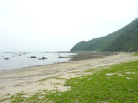 請島の石川道の浜 - 海は意外と穏やかでした