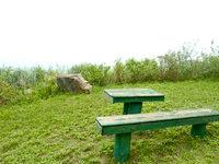 請島の池地大山展望台 夜明台 - ベンチやテーブルがあります