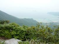 請島の大山ミヨチョン岳頂上 - 景色が開けていて気持ちが良い場所です