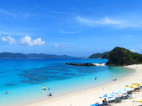 座間味島の古座間味ビーチ - ちょっとリゾート化されているかも?