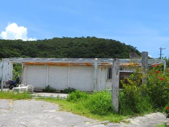座間味島のオキレンタル(旧ケラマレンタルステーション)「阿真集落の入口にあります」