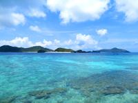 座間味島のマリリン先の海/宇論の崎 - 阿真〜座間味の間の海