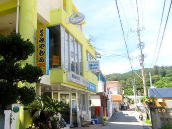 座間味島のレストラン ラ・トゥーク