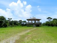 座間味島の高月山展望台 - 最も景色が良い奥の展望台