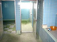 粟国島の民宿 波止場新館 - 水回りはまぁ普通(でもクモが・・・)
