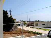 粟国島の民宿寿 - ダイビングショップがすぐ近く