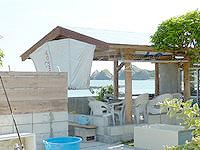 阿嘉島のサンサンビュー むとぅち/ムトゥチ - 庭先にあるゆんたくスペース?