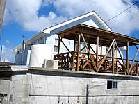 阿嘉島のあーまんはうす - 2階にデッキがあります