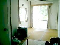 阿嘉島の民宿富里/トゥーラトゥ - これはバストイレ付き個室ですが、とても綺麗